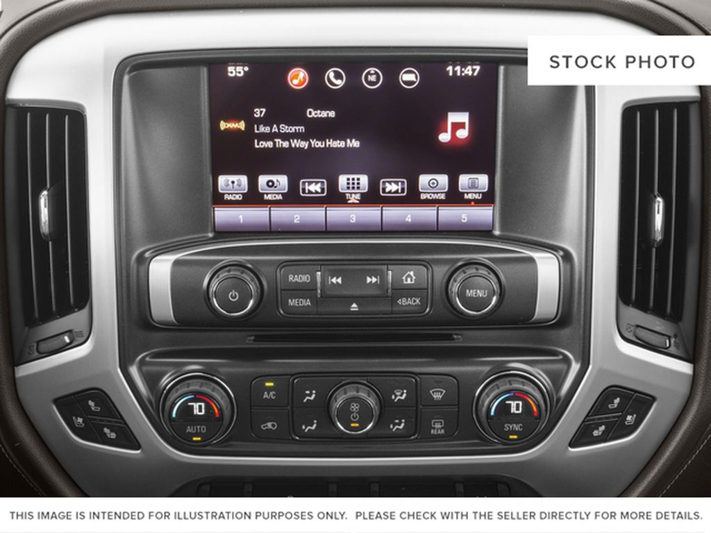 White[White Frost Tricoat] 2017 GMC Sierra 1500 Radio Controls Closeup Photo in Fort Macleod AB