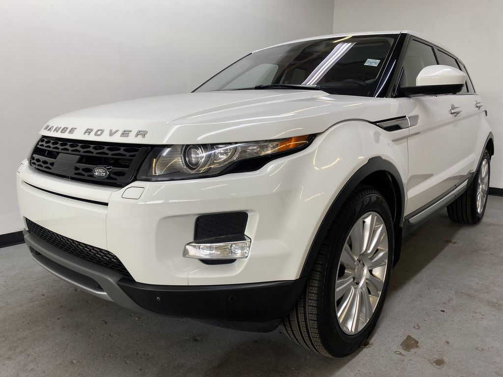 WHITE 2014 Land Rover Range Rover Evoque Prestige- Heated Front/Rear Seats, 360 Camera Left Front Head Light / Bumper and Grill in Edmonton AB