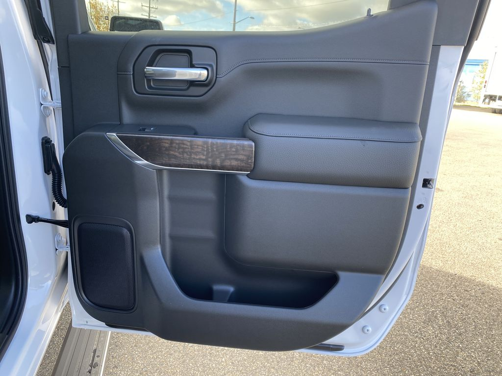 White[White Frost Tricoat] 2021 GMC Sierra 1500 Right Rear Interior Door Panel Photo in Edmonton AB