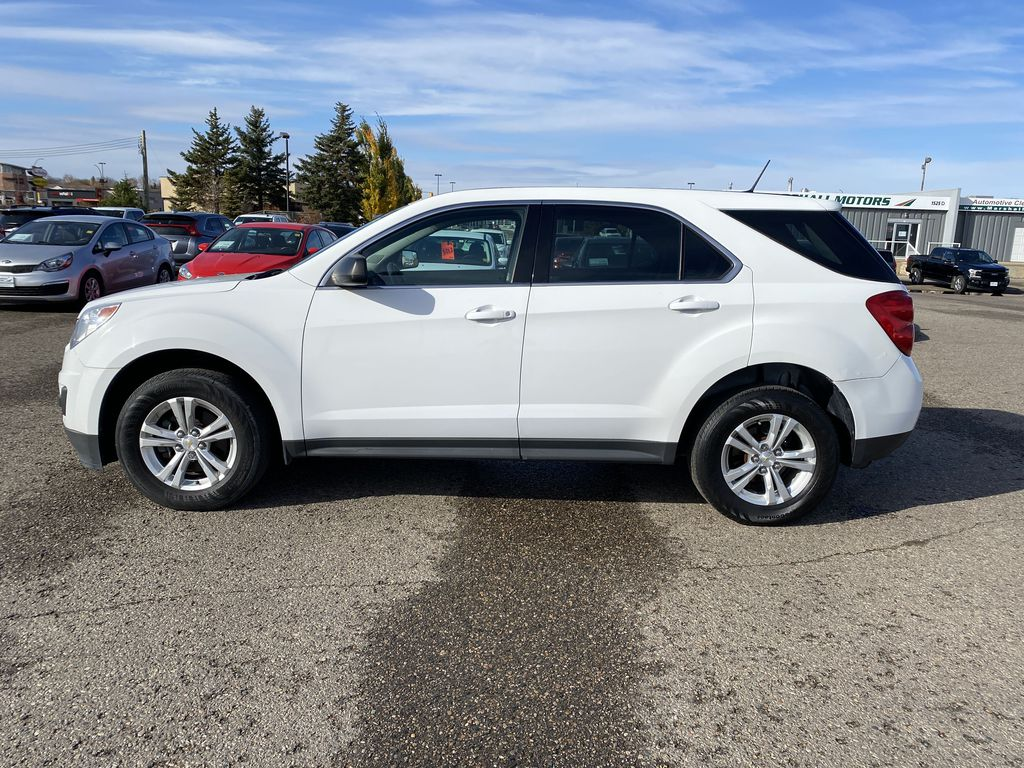 White 2013 Chevrolet Equinox FWD 4dr LS  *Low KMS**MP3 Capability**Cruise Control* Left Side Photo in Brandon MB