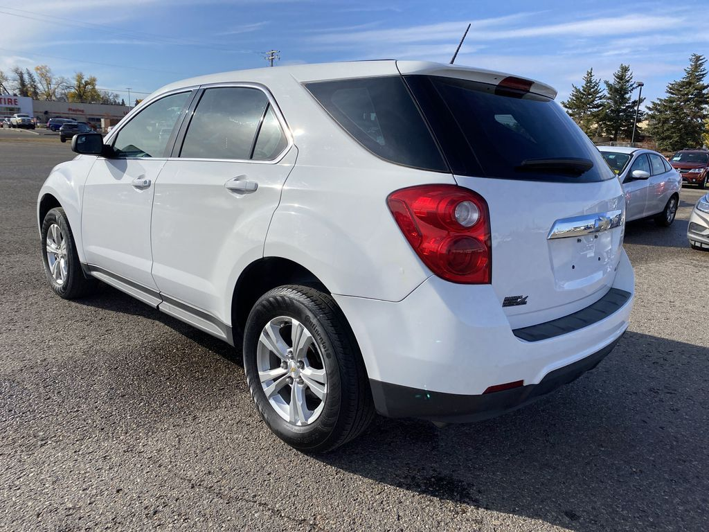 White 2013 Chevrolet Equinox FWD 4dr LS  *Low KMS**MP3 Capability**Cruise Control* Left Rear Corner Photo in Brandon MB