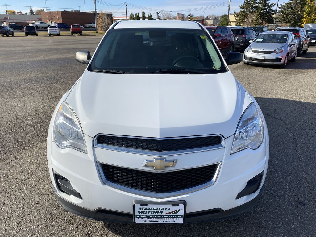 White 2013 Chevrolet Equinox FWD 4dr LS  *Low KMS**MP3 Capability**Cruise Control* Front Vehicle Photo in Brandon MB