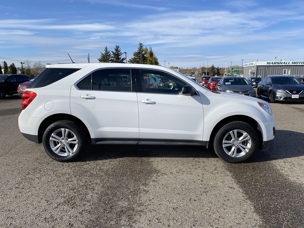 White 2013 Chevrolet Equinox FWD 4dr LS  *Low KMS**MP3 Capability**Cruise Control* Right Side Photo in Brandon MB
