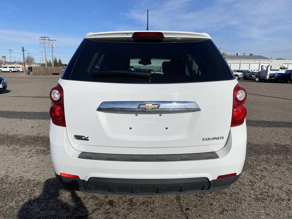 White 2013 Chevrolet Equinox FWD 4dr LS  *Low KMS**MP3 Capability**Cruise Control* Rear of Vehicle Photo in Brandon MB
