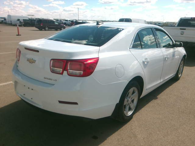 White 2016 Chevrolet Malibu Limited 4dr Sdn LS w/1LS *Bluetooth**Low KMs* Right Rear Corner Photo in Brandon MB