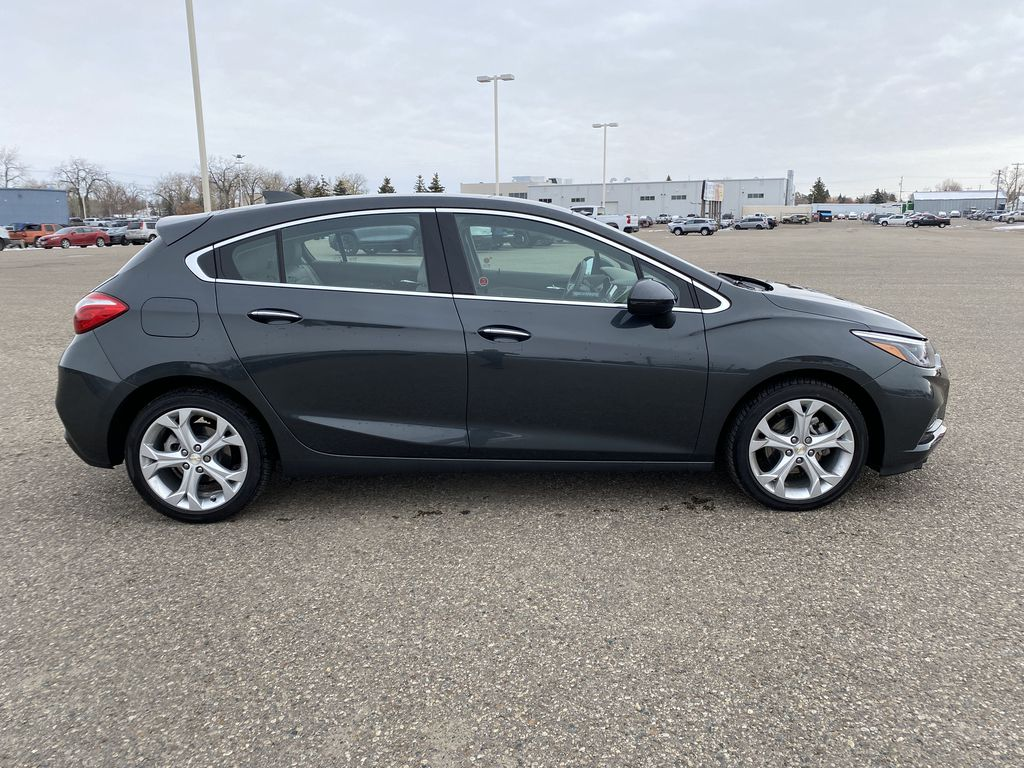 Gray 2018 Chevrolet Cruze 4dr HB 1.4L Premier w/1SF *Back-Up Cam**Heated Seats**Bluetooth* Right Side Photo in Brandon MB