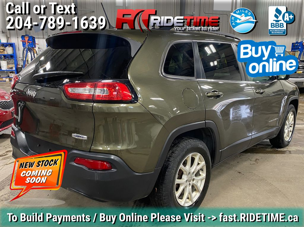 Green[Eco Green Pearl] 2015 Jeep Cherokee North 4WD - 8.4in Uconnect, Remote Start, Pwr Liftgate Left Rear Corner Photo in Winnipeg MB