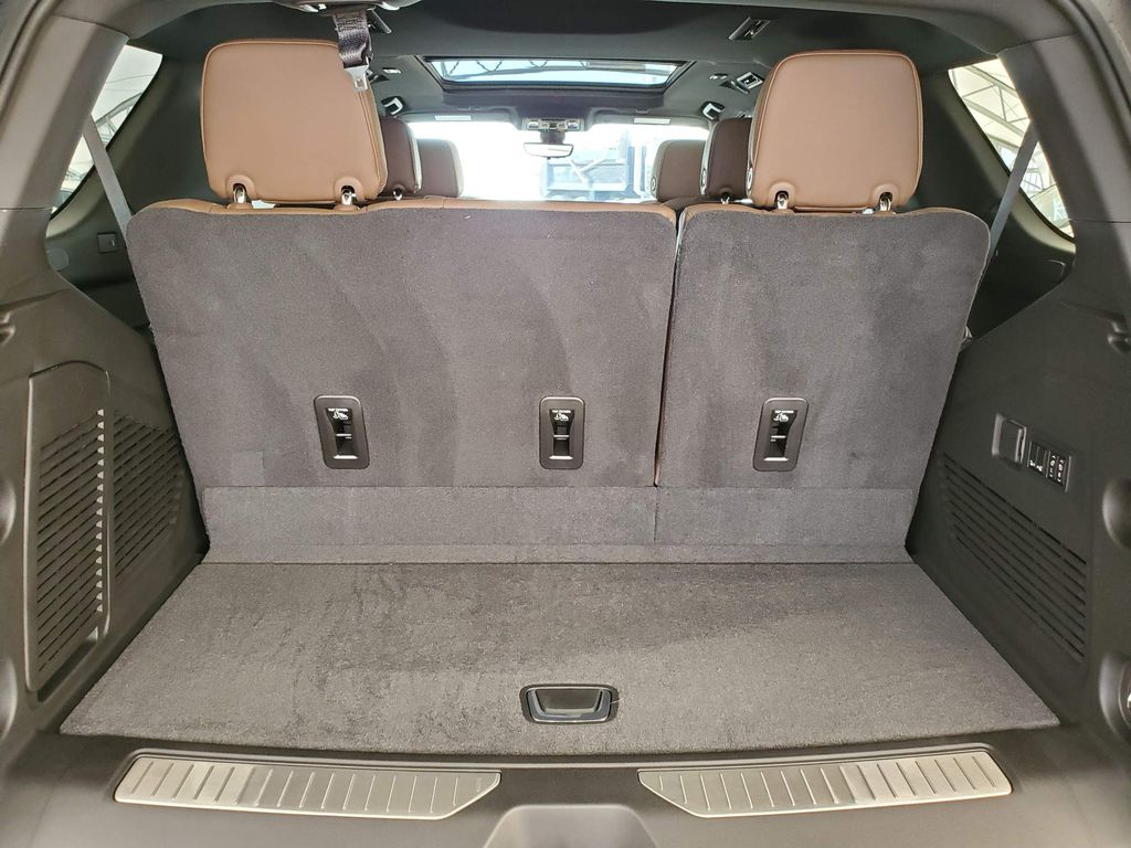 White 2021 Chevrolet Tahoe Passenger Rear Door Controls Photo in Airdrie AB