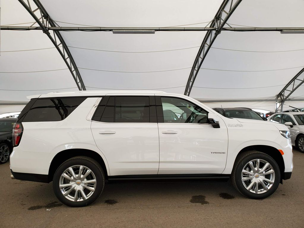White 2021 Chevrolet Tahoe Right Side Front Seat  Photo in Airdrie AB