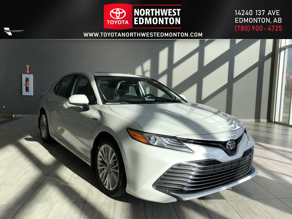 Wind Chill 2020 Toyota Camry Hybrid XLE
