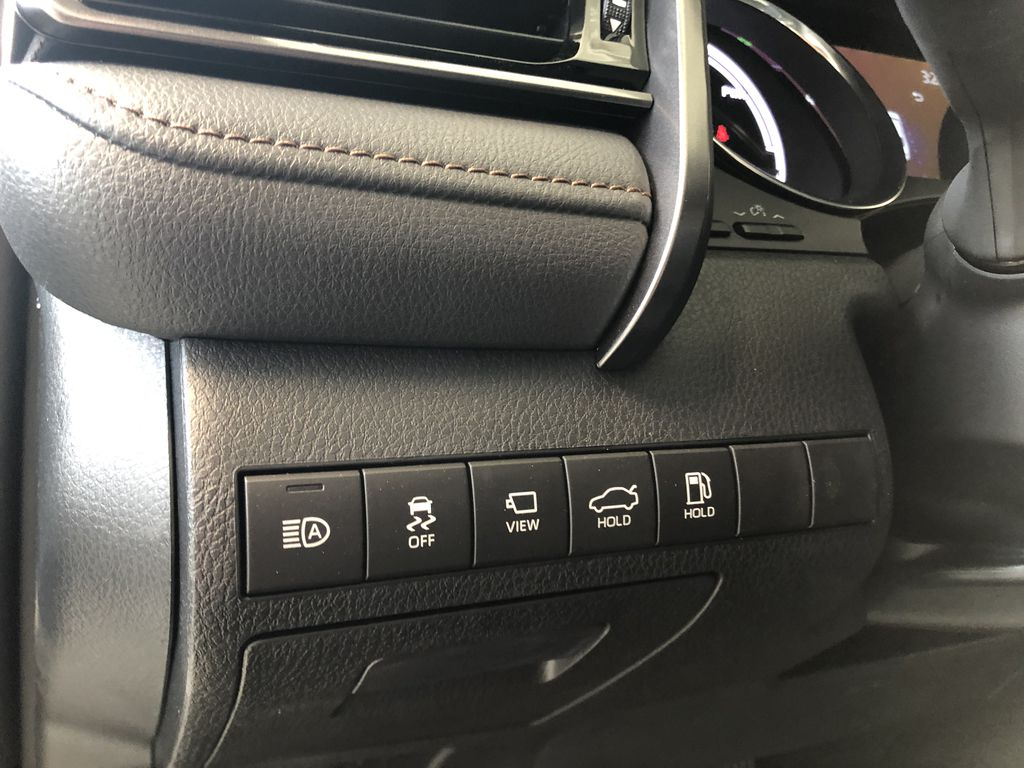 Wind Chill 2020 Toyota Camry Hybrid XLE Right Side Front Seat  Photo in Edmonton AB