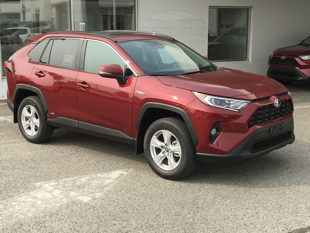 Red[Ruby Flare Pearl] 2021 Toyota RAV4 Hybrid  XLE Right Front Corner Photo in Kelowna BC
