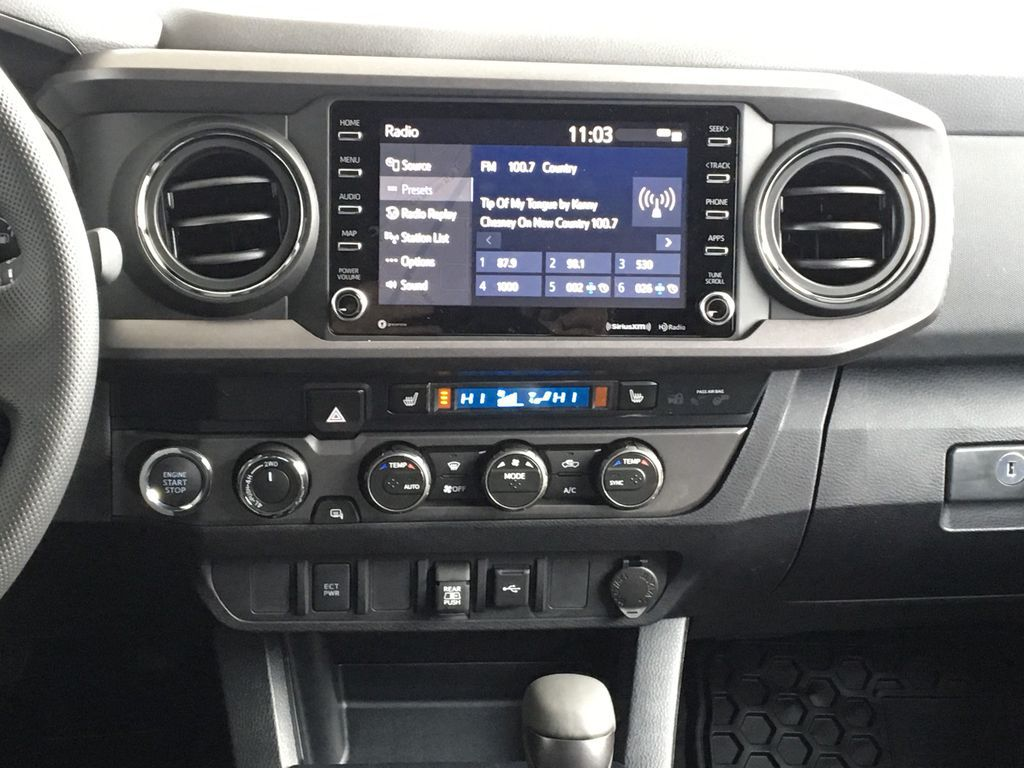 White[Super White] 2020 Toyota Tacoma TRD Off Road Central Dash Options Photo in Kelowna BC