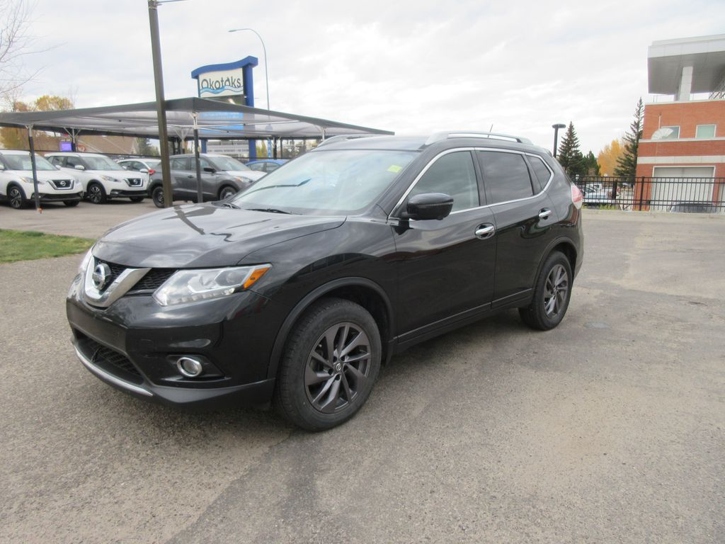 Black[Magnetic Black Metallic] 2016 Nissan Rogue Left Front Rim and Tire Photo in Okotoks AB