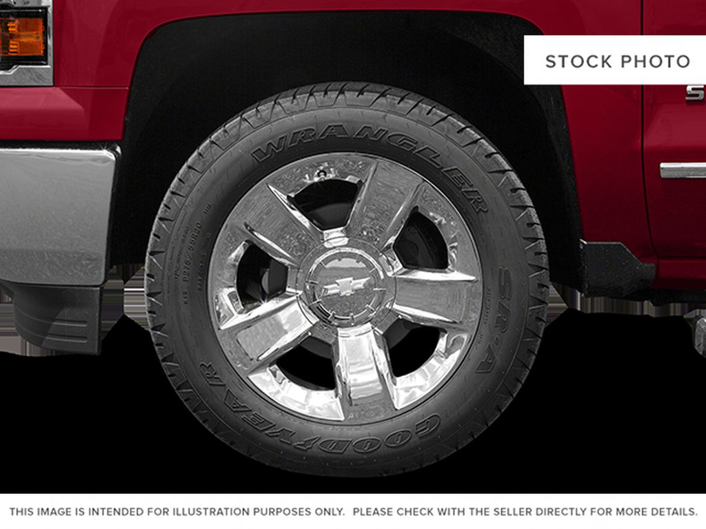 White[Summit White] 2014 Chevrolet Silverado 1500 Left Front Rim and Tire Photo in Fort Macleod AB