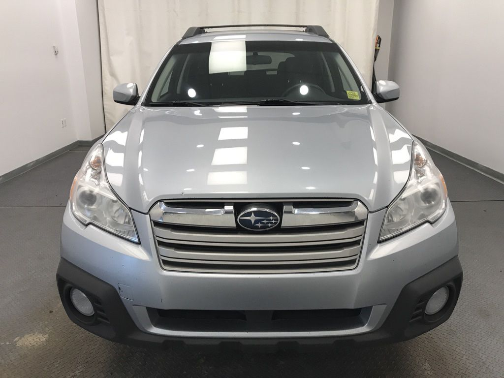 Silver 2014 Subaru Outback Front Vehicle Photo in Lethbridge AB