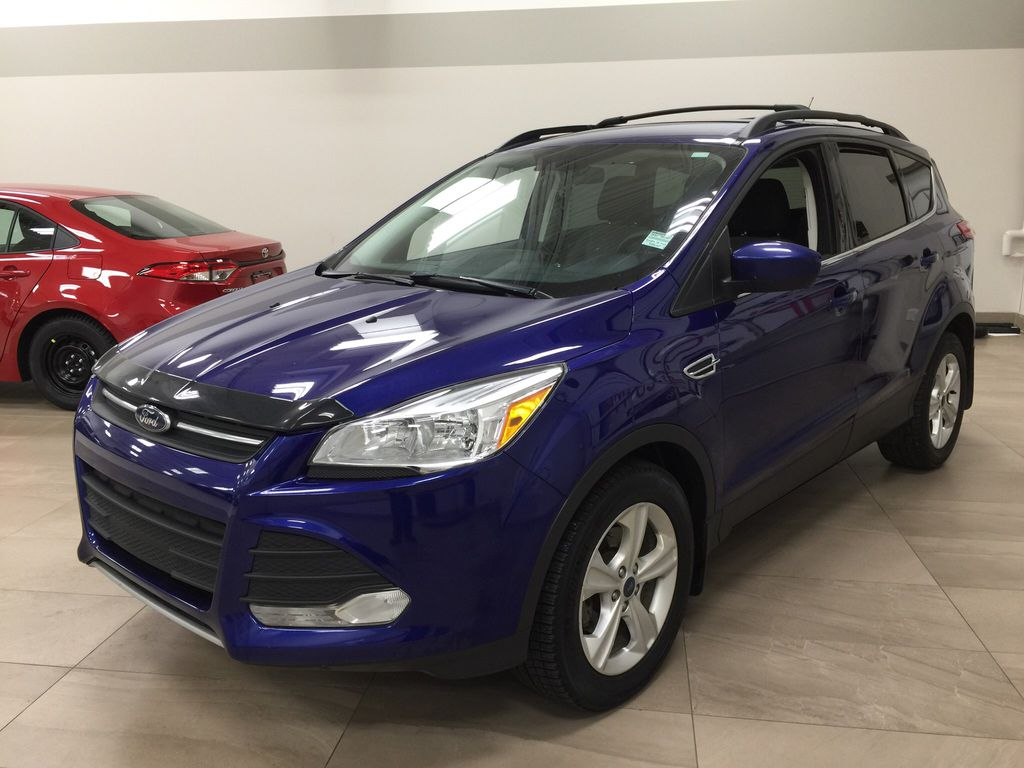Blue[Deep Impact Blue Metallic] 2016 Ford Escape SE Left Front Corner Photo in Sherwood Park AB
