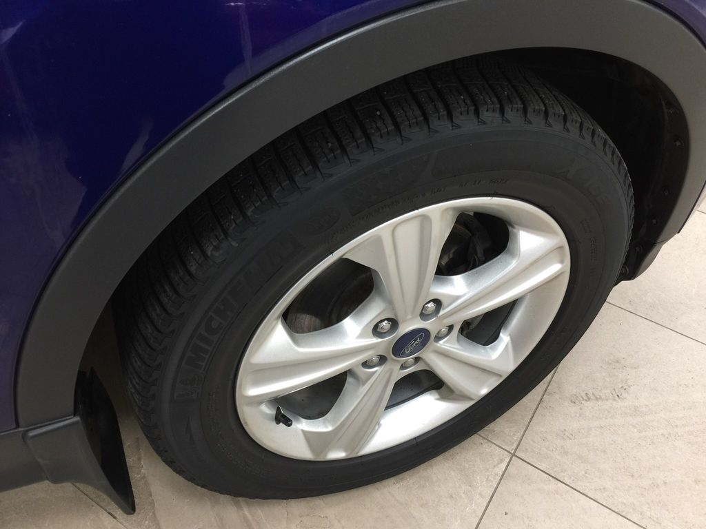 Blue[Deep Impact Blue Metallic] 2016 Ford Escape SE Right Front Rim and Tire Photo in Sherwood Park AB