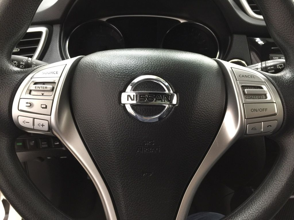 White[Glacier White] 2016 Nissan Rogue SV AWD Steering Wheel and Dash Photo in Sherwood Park AB