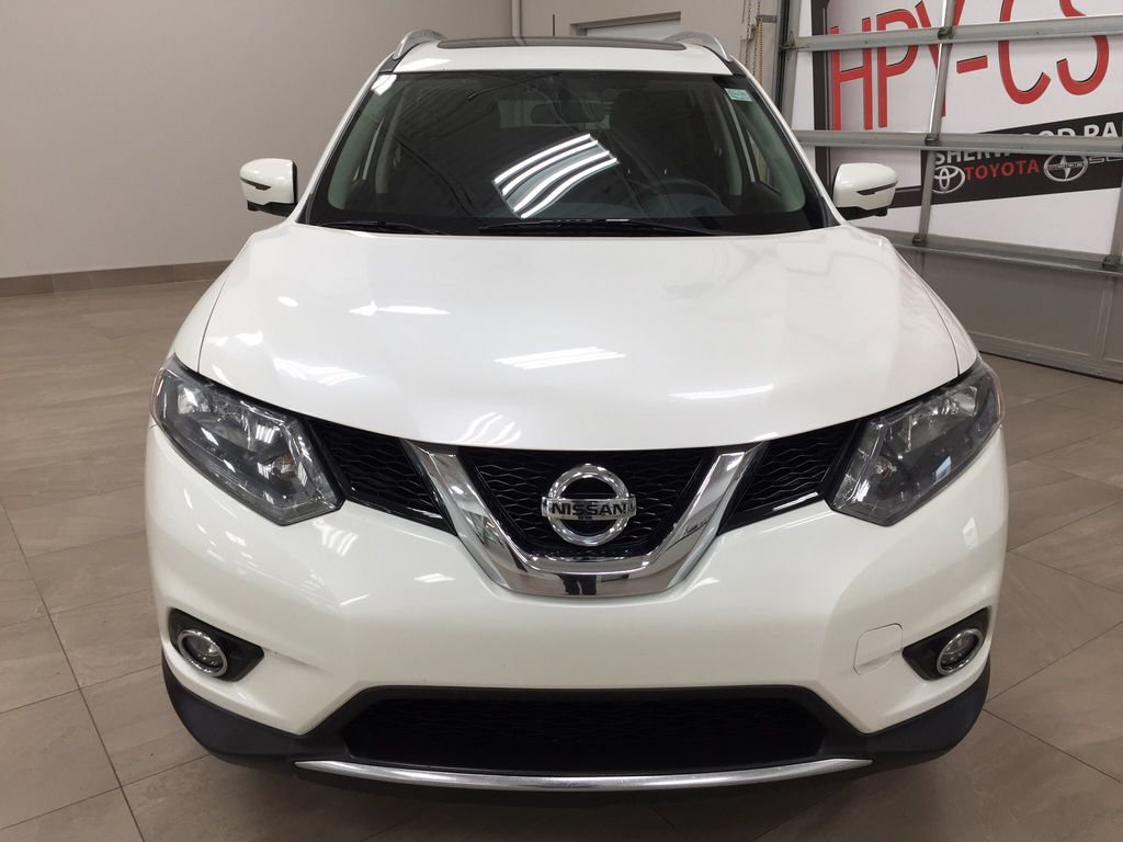 White[Glacier White] 2016 Nissan Rogue SV AWD Front Vehicle Photo in Sherwood Park AB