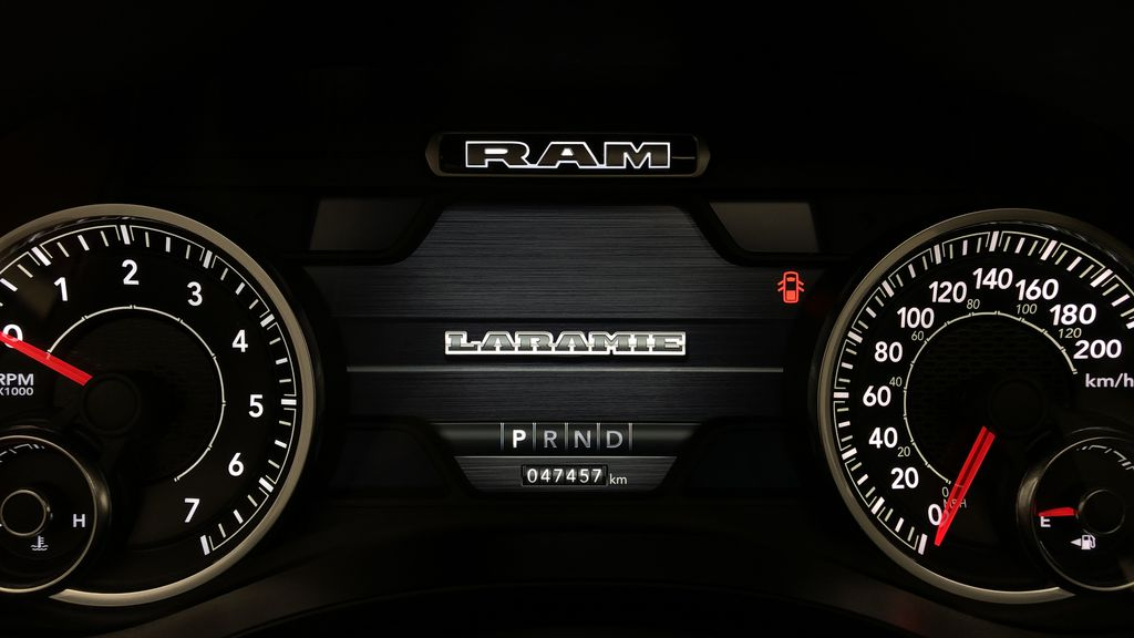 Red[Red Pearl] Lifted 2019 Ram 1500 Laramie 4WD - Pano Roof, 12in Display, Crew Cab Odometer Photo in Winnipeg MB