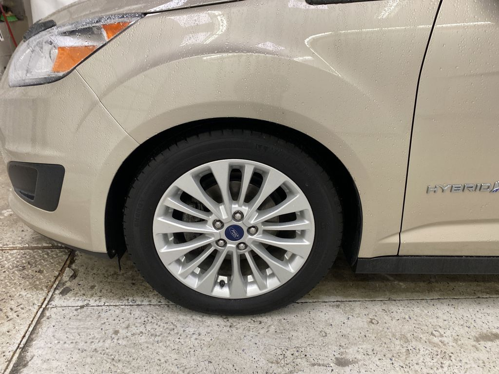 White[Oxford White] 2017 Ford C-Max Hybrid Left Front Rim and Tire Photo in Dartmouth NS