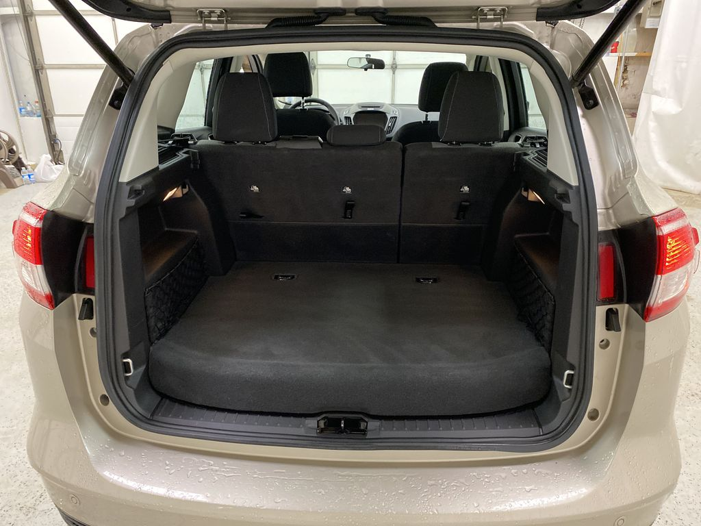 White[Oxford White] 2017 Ford C-Max Hybrid Trunk / Cargo Area Photo in Dartmouth NS