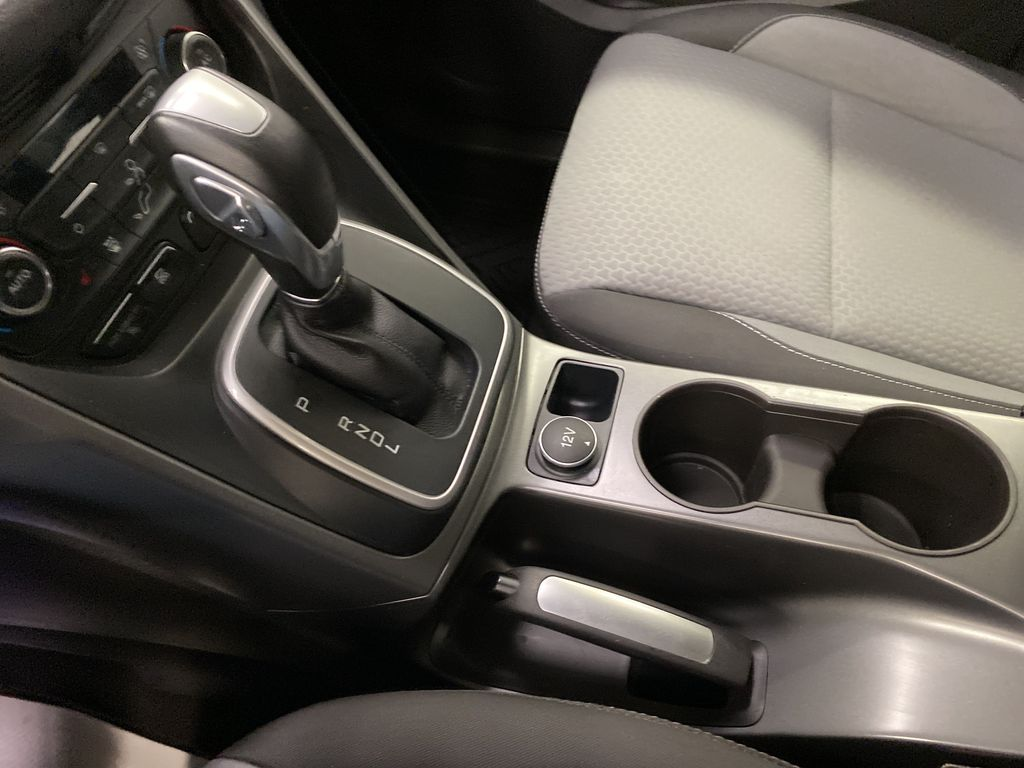 White[Oxford White] 2017 Ford C-Max Hybrid Center Console Photo in Dartmouth NS