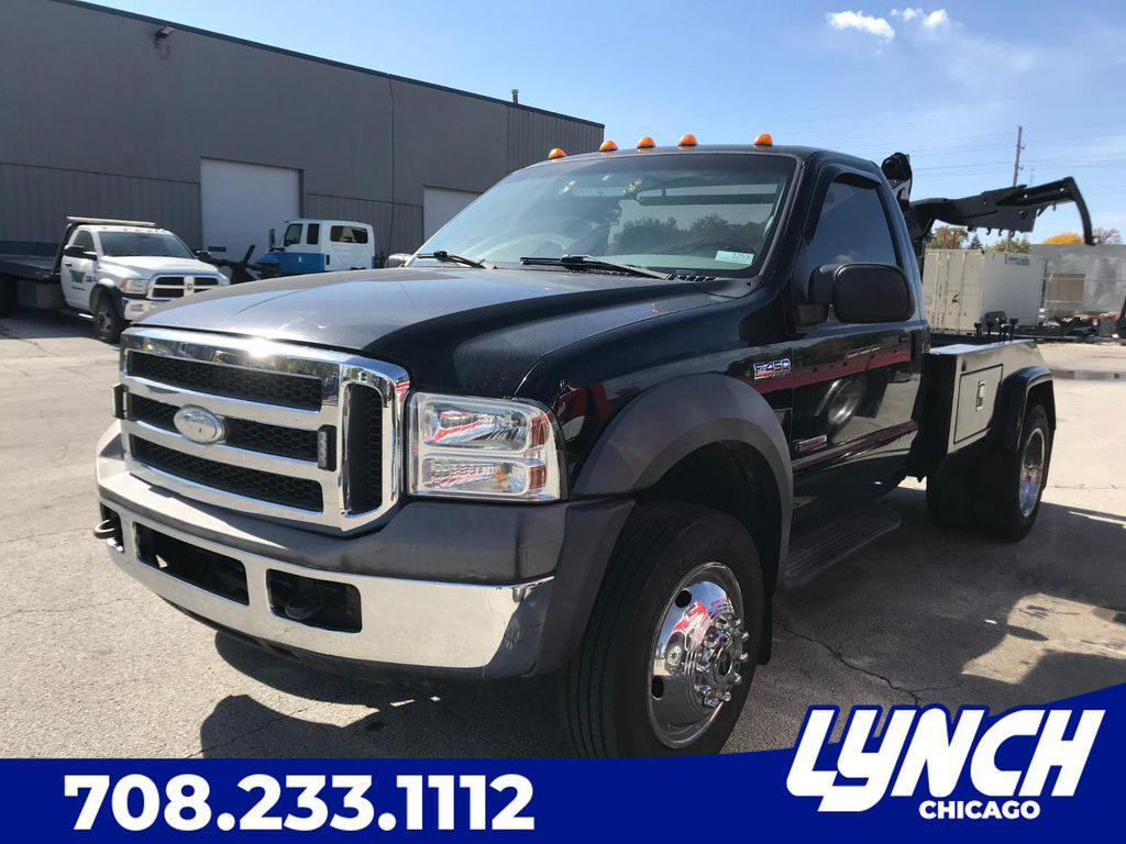 Pre-Owned 2005 Ford F-450 SUPER DUTY