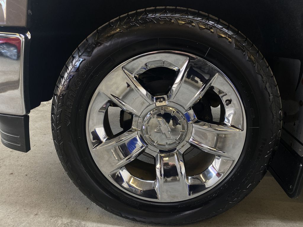 BROWN 2014 Chevrolet Silverado 1500 LTZ Z71 - Bluetooth, Backup Cam, Remote Start Left Front Rim and Tire Photo in Edmonton AB