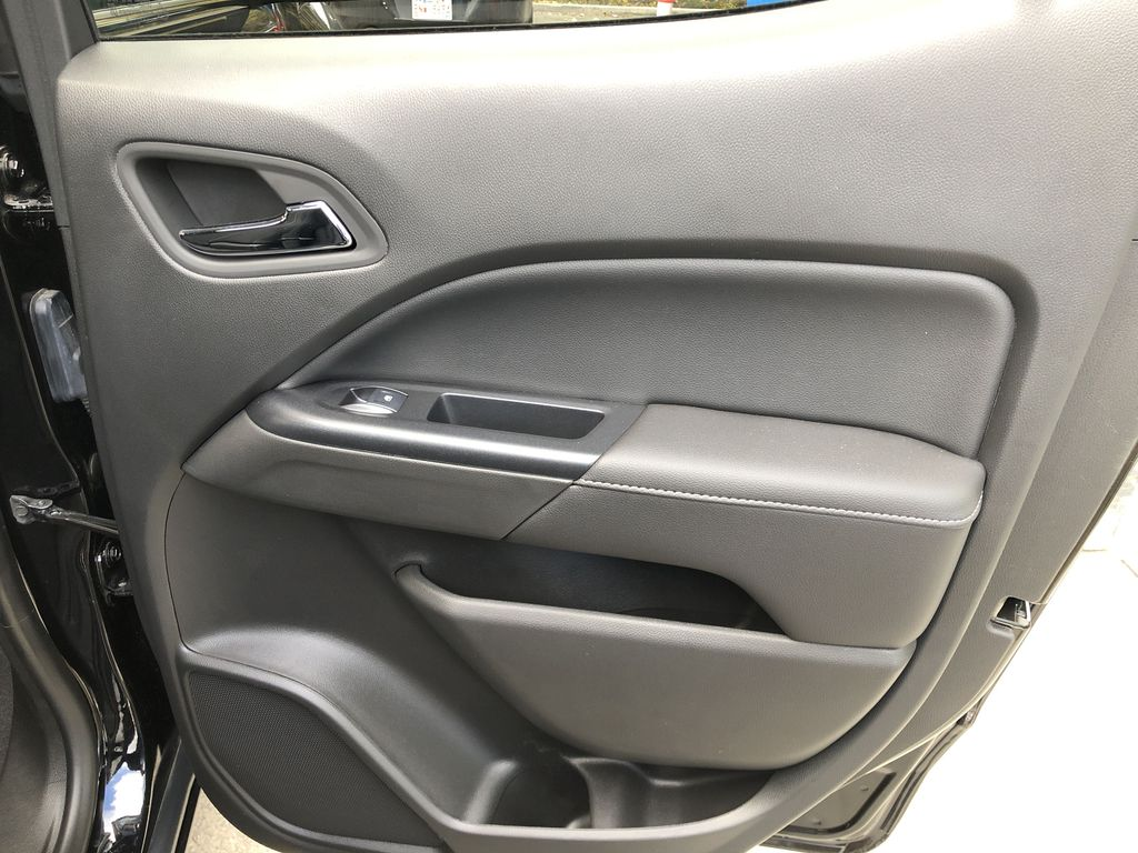 Black[Onyx Black] 2020 GMC Canyon SLE Passenger Rear Door Controls Photo in Canmore AB
