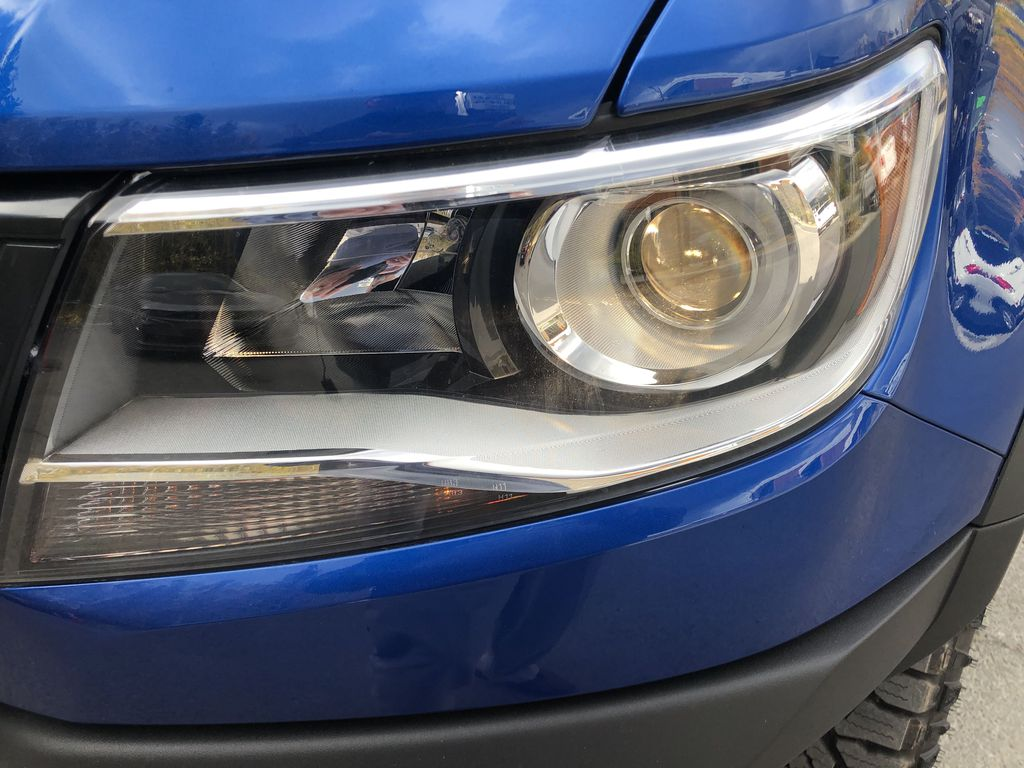Blue[Kinetic Blue Metallic] 2020 Chevrolet Colorado ZR2 Left Front Head Light / Bumper and Grill in Canmore AB