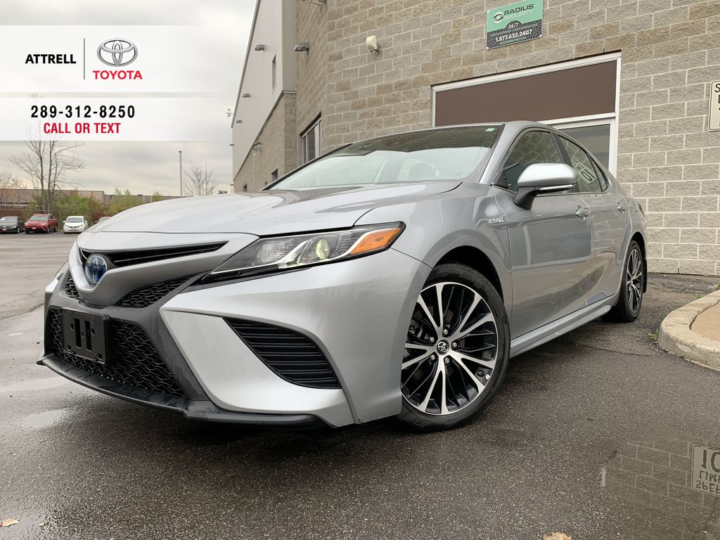 Silver 2019 Toyota Camry