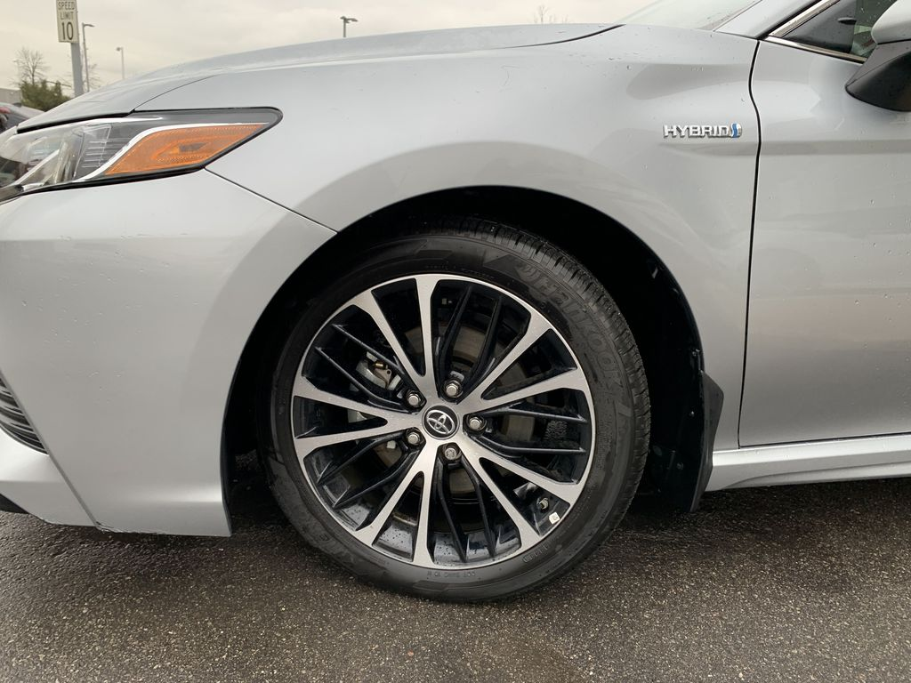 Silver 2019 Toyota Camry Left Front Corner Photo in Brampton ON