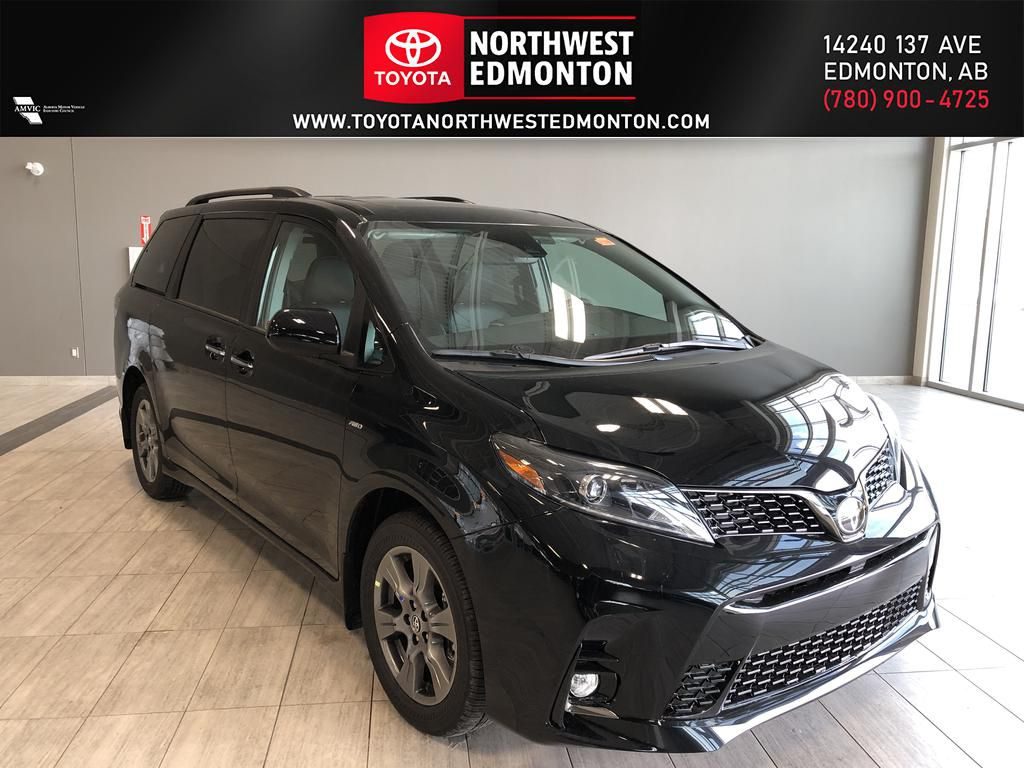 Midnight Black Metallic 2020 Toyota Sienna SE AWD 7-Passenger V6 Technology