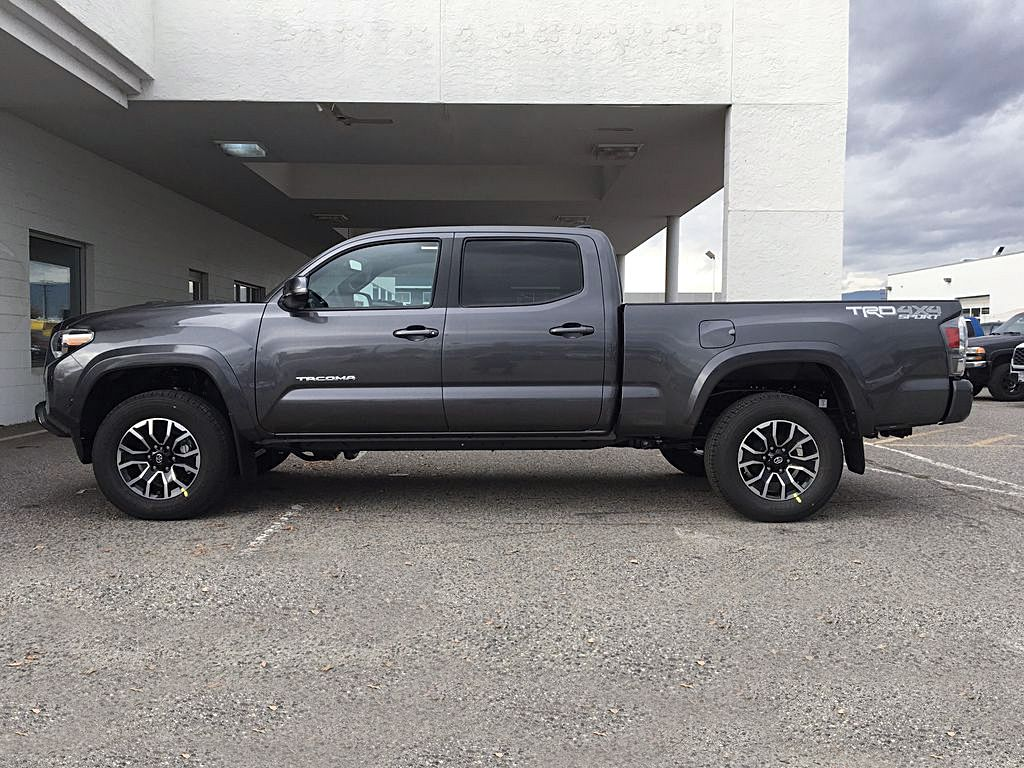 Magnetic Grey Metallic 2021 Toyota Tacoma TRD Sport Left Side Photo in Kelowna BC