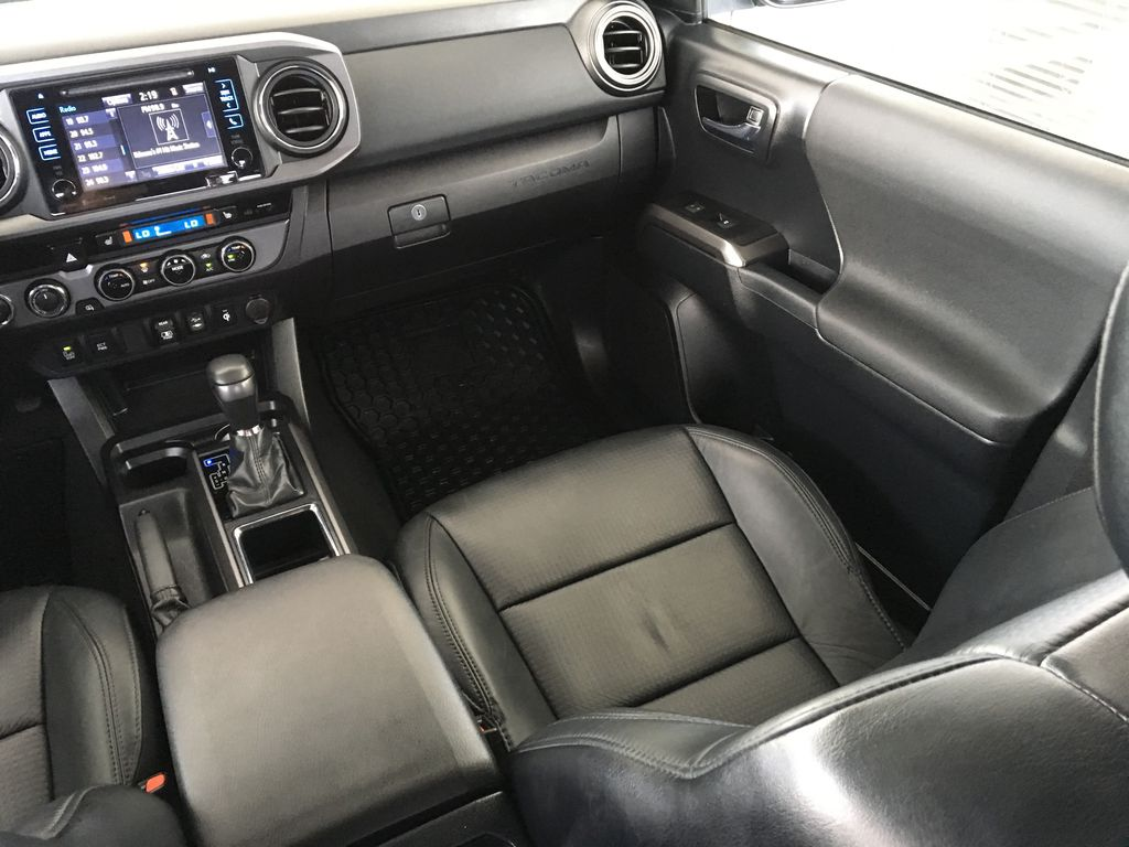 Gray[Cement Grey Metallic] 2018 Toyota Tacoma TRD Sport Right Side Front Seat  Photo in Kelowna BC