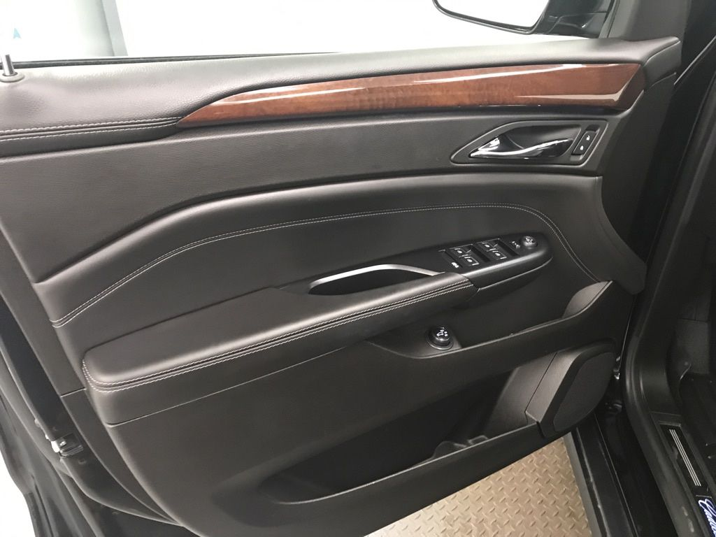 Black 2015 Cadillac SRX LR Door Panel Ctls Photo in Lethbridge AB