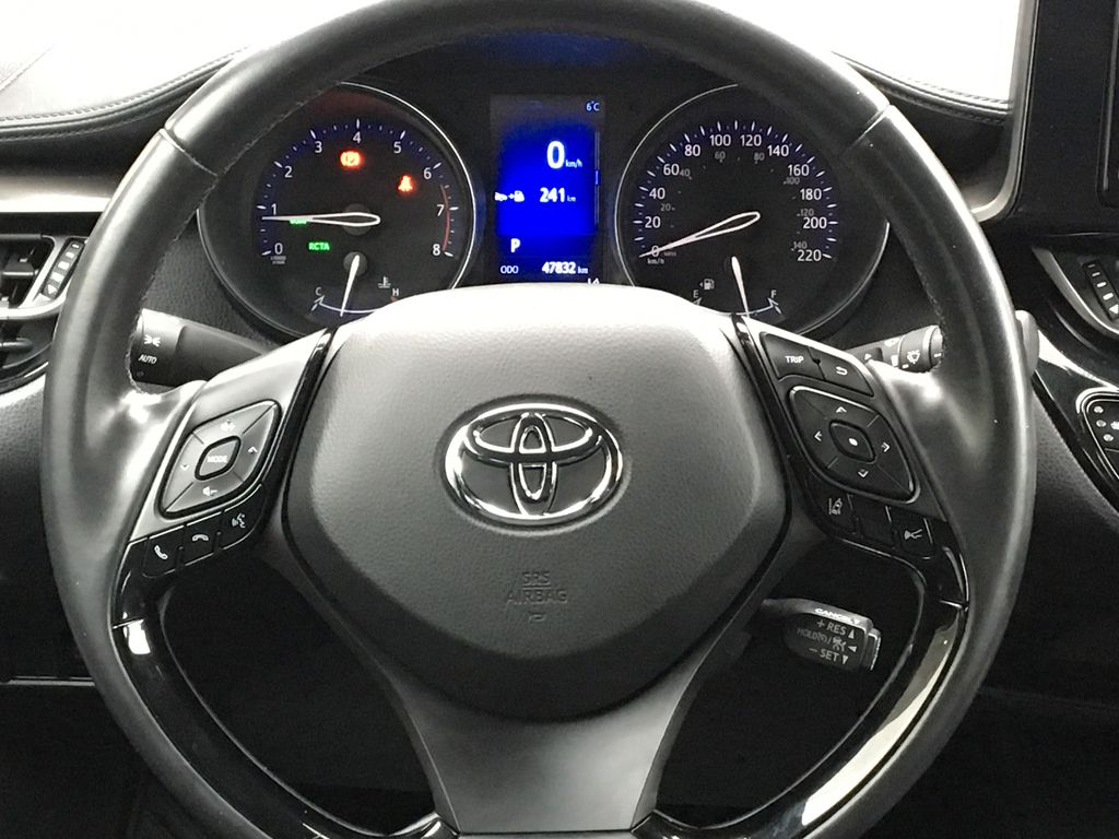 Blue Eclipse Metallic 2018 Toyota C-HR Odometer Photo in Kelowna BC