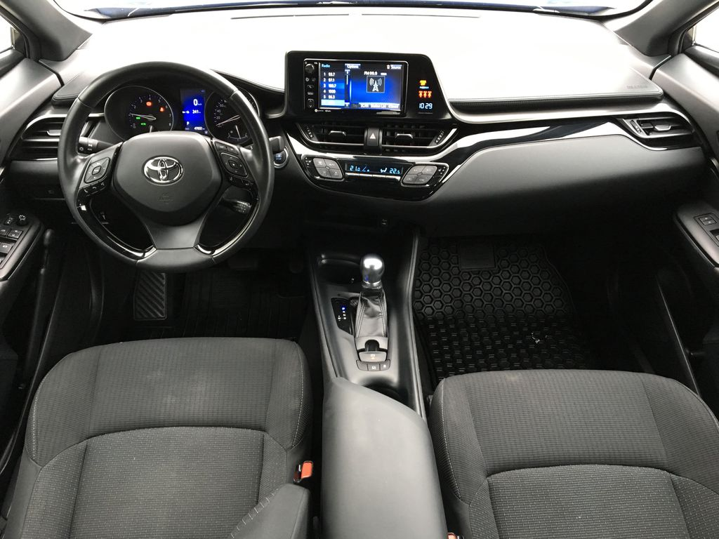 Blue Eclipse Metallic 2018 Toyota C-HR Main Interior Photo in Kelowna BC