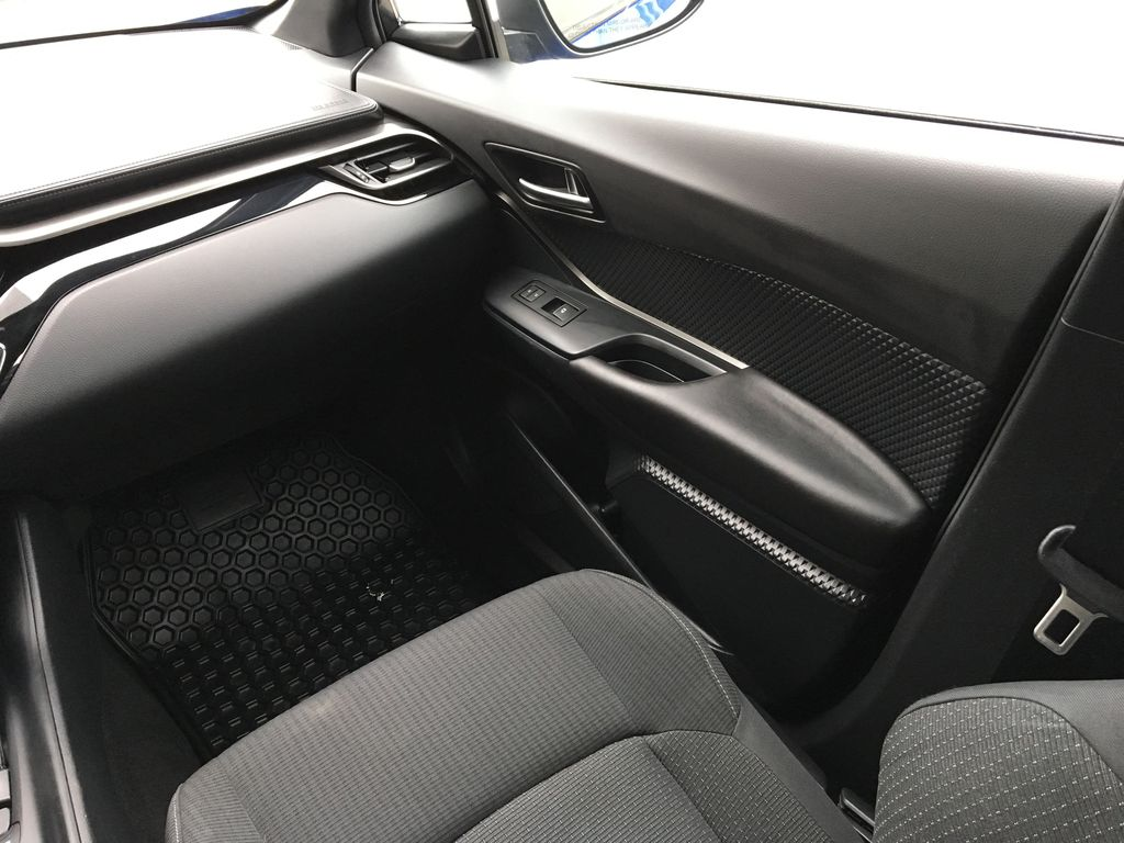Blue Eclipse Metallic 2018 Toyota C-HR Right Front Interior Door Panel Photo in Kelowna BC