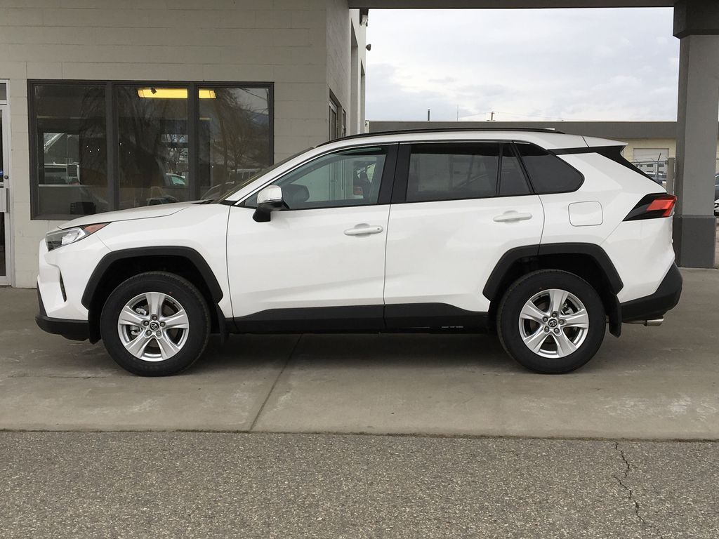 White[Super White] 2021 Toyota RAV4 XLE Left Side Photo in Kelowna BC