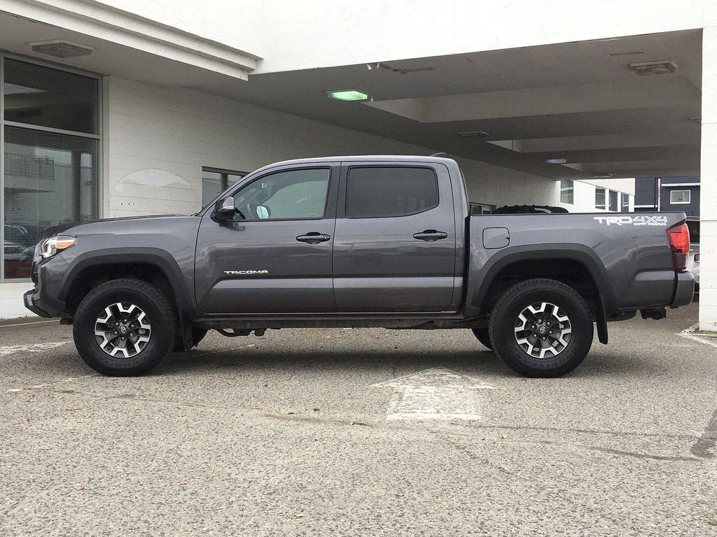 Gray[Cement Grey Metallic] 2018 Toyota Tacoma TRD Off Road Left Side Photo in Kelowna BC