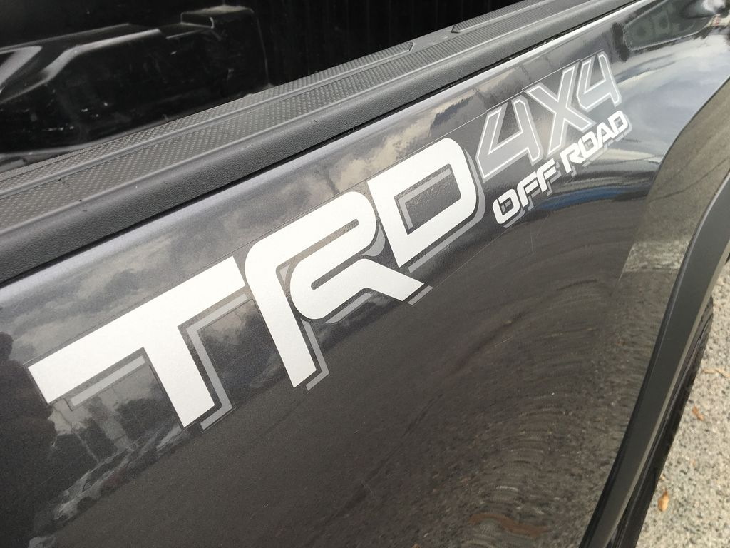 Gray[Cement Grey Metallic] 2018 Toyota Tacoma TRD Off Road Trim Specific Photo in Kelowna BC