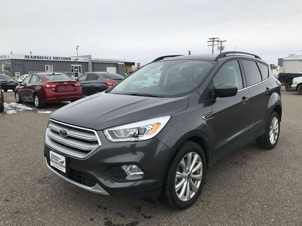 Gray 2019 Ford Escape SEL 4WD *VERY LOW KMS**Heated Seats**Back-Up Cam*