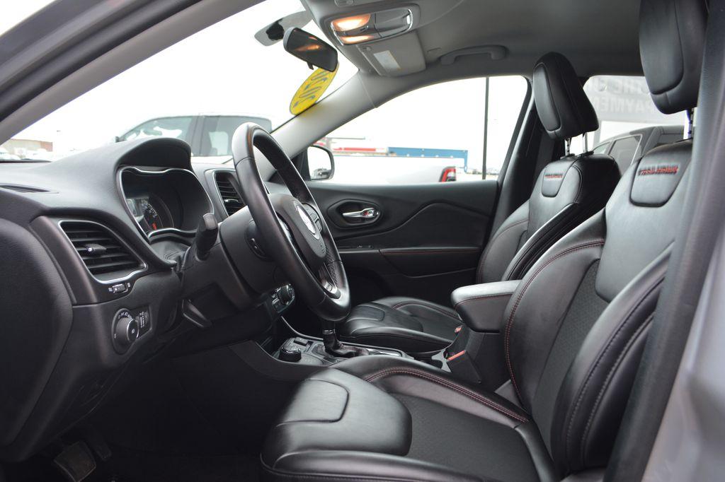 Silver 2020 Jeep Cherokee Left Front Interior Photo in Bonnyville AB