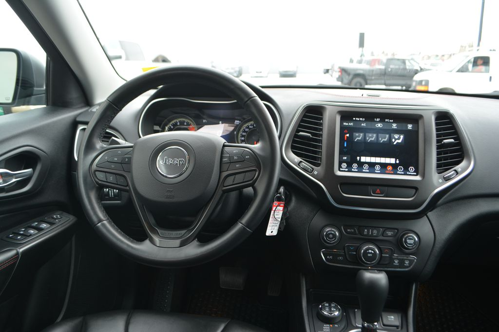 Silver 2020 Jeep Cherokee Steering Wheel and Dash Photo in Bonnyville AB
