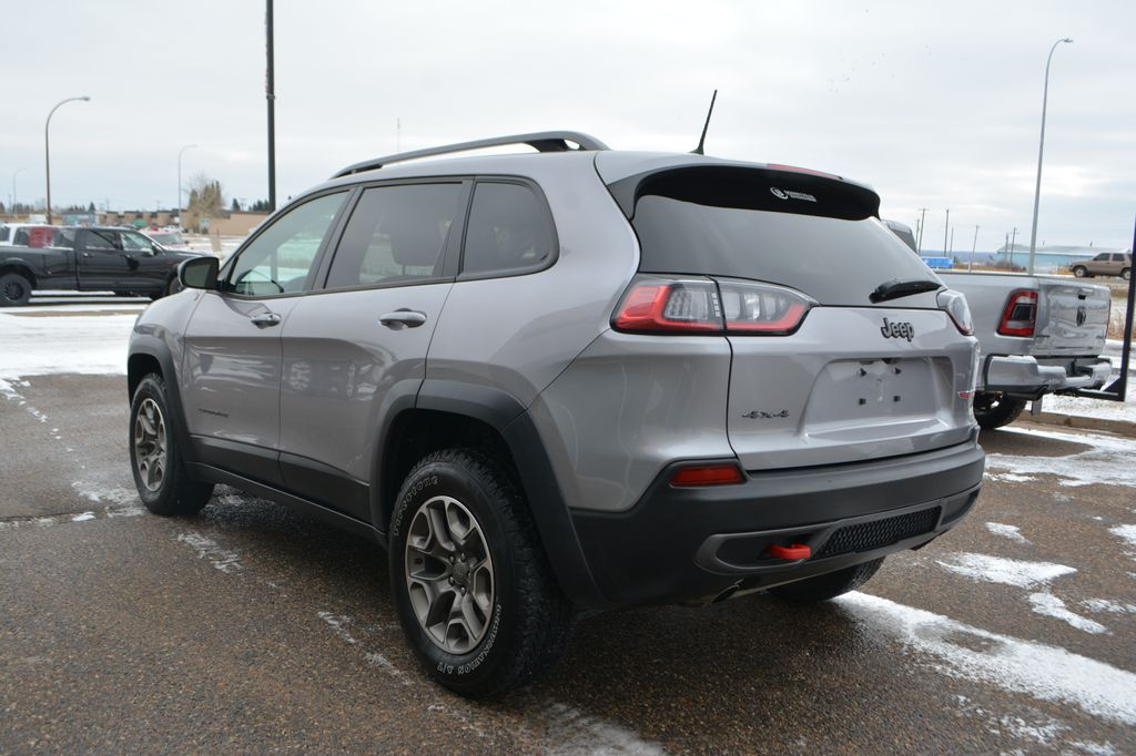 Silver 2020 Jeep Cherokee Left Rear Corner Photo in Bonnyville AB