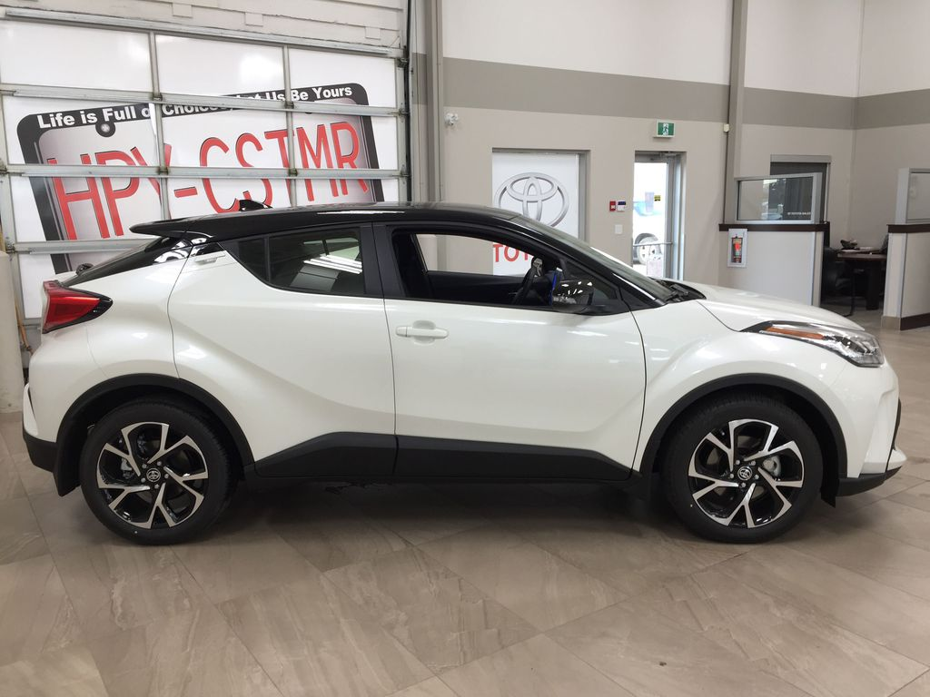 Black[Black Sand Pearl w/Silver Roof] 2021 Toyota C-HR XLE Premium Right Side Photo in Sherwood Park AB