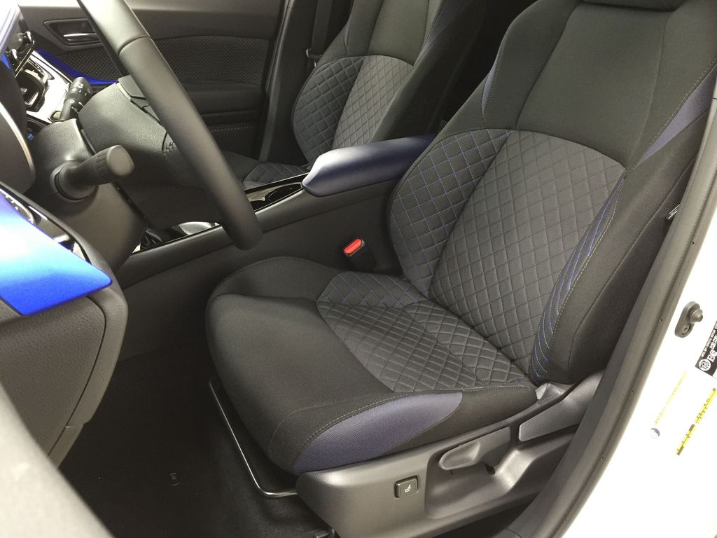 Black[Black Sand Pearl w/Silver Roof] 2021 Toyota C-HR XLE Premium Left Front Interior Photo in Sherwood Park AB